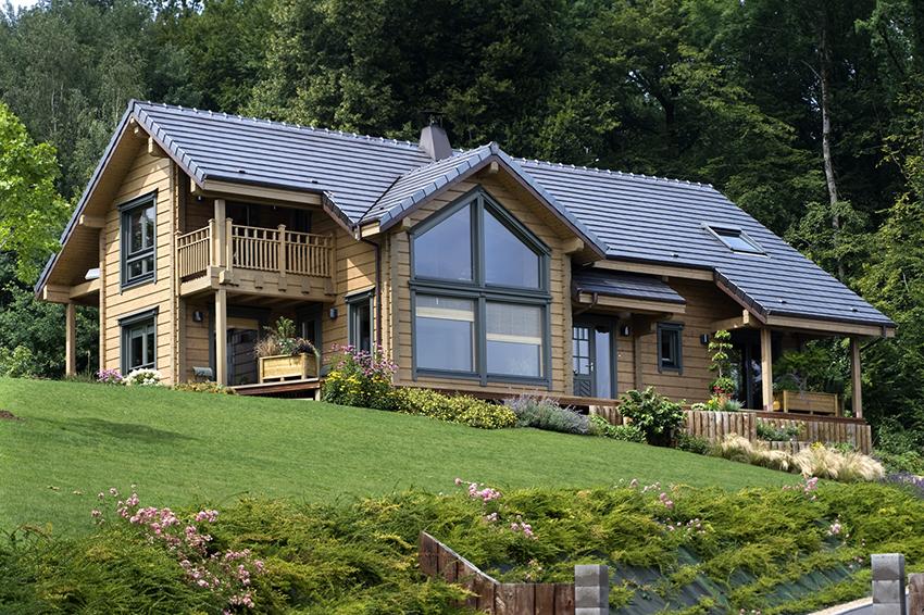 Из клееного бруса строятся преимущественно одно- и двухэтажные дома