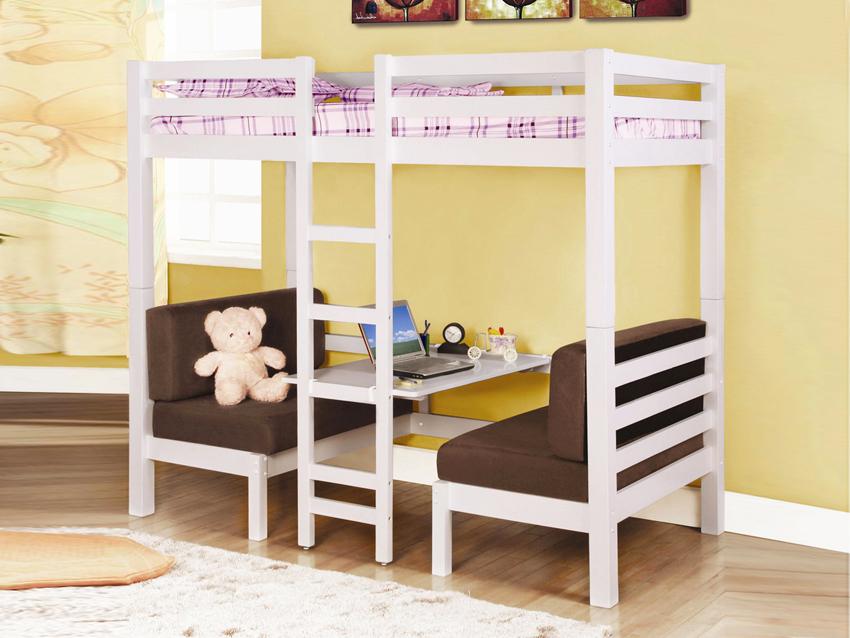 Двухъярусная кровать-чердак является наиболее оптимальной конструкцией для экономии пространства