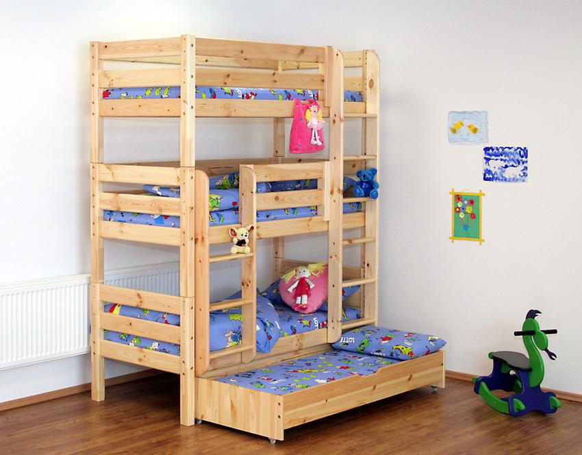 Конструкция с выдвижным дополнительным спальным местом - идеальный вариант для детей, любящих принимать гостей на ночь
