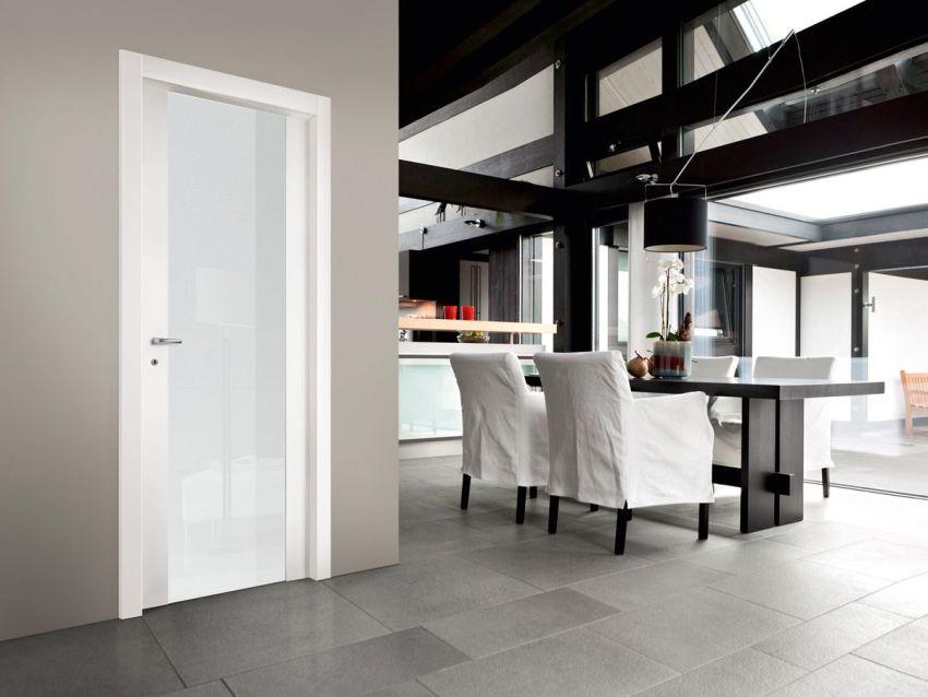 Межкомнатные двери светлых оттенков зрительно увеличить пространство, придав помещению особую легкость и изящество