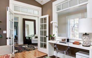 Межкомнатные двери со стеклом: оригинальное и функциональное решение