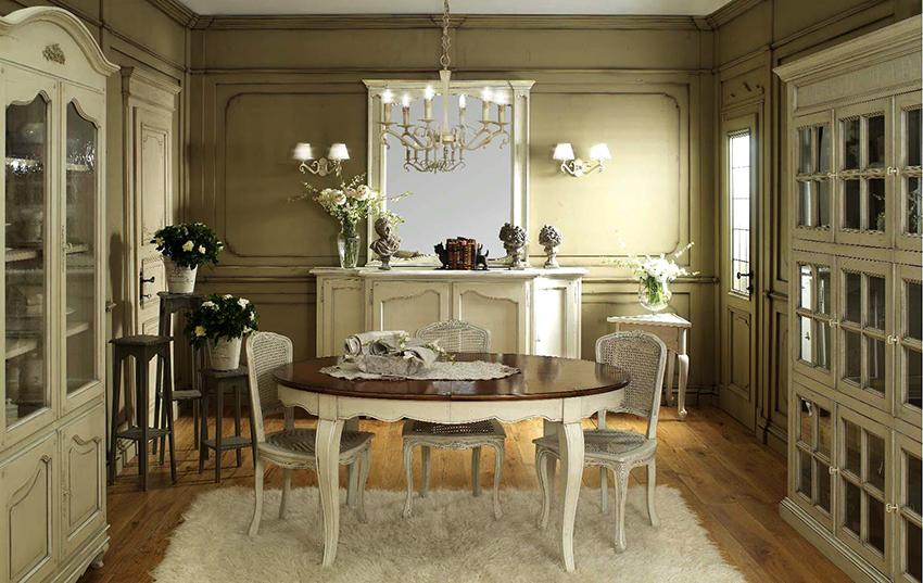 Круглый или овальный стол будет отлично смотреться в центре комнаты