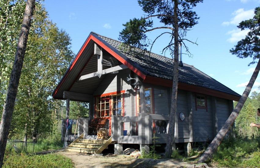 В основном для возведения домов по финской технологии используют древесину хвойных пород