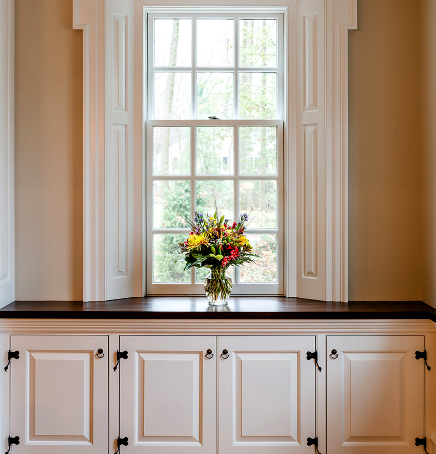 Цена за подоконник будет зависеть от типа камня, формы, толщины, цвета и текстуры изделия