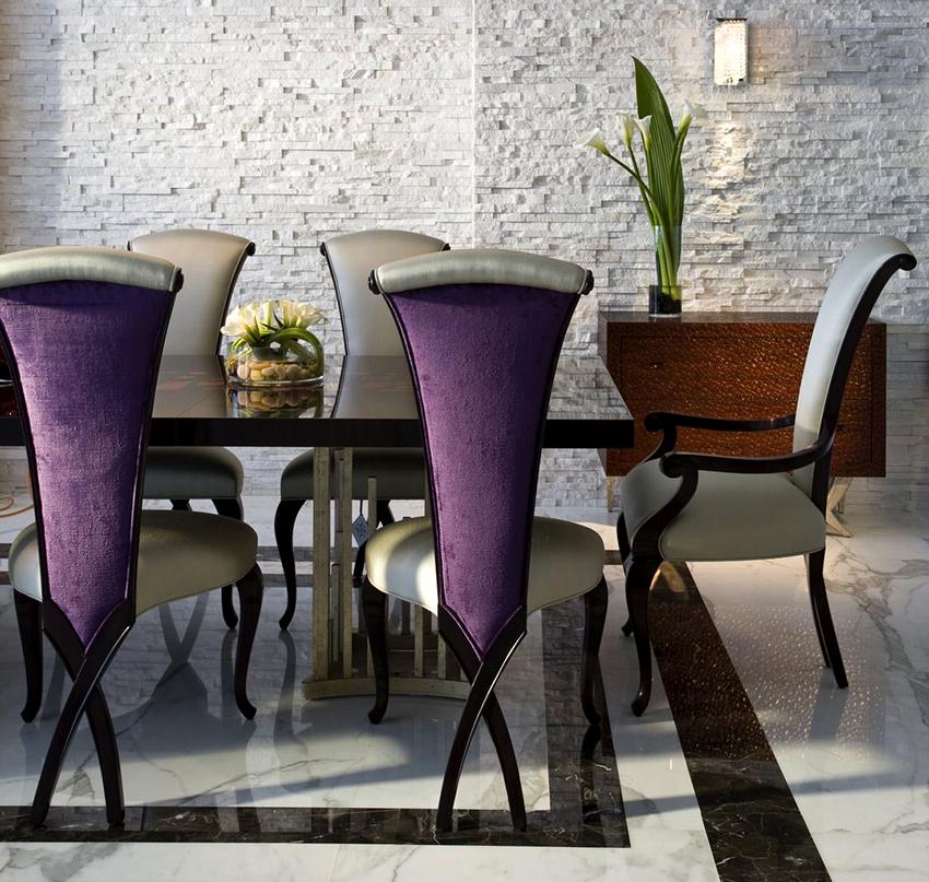 Обеденные столы для кухни могут быть раскладными или стационарными