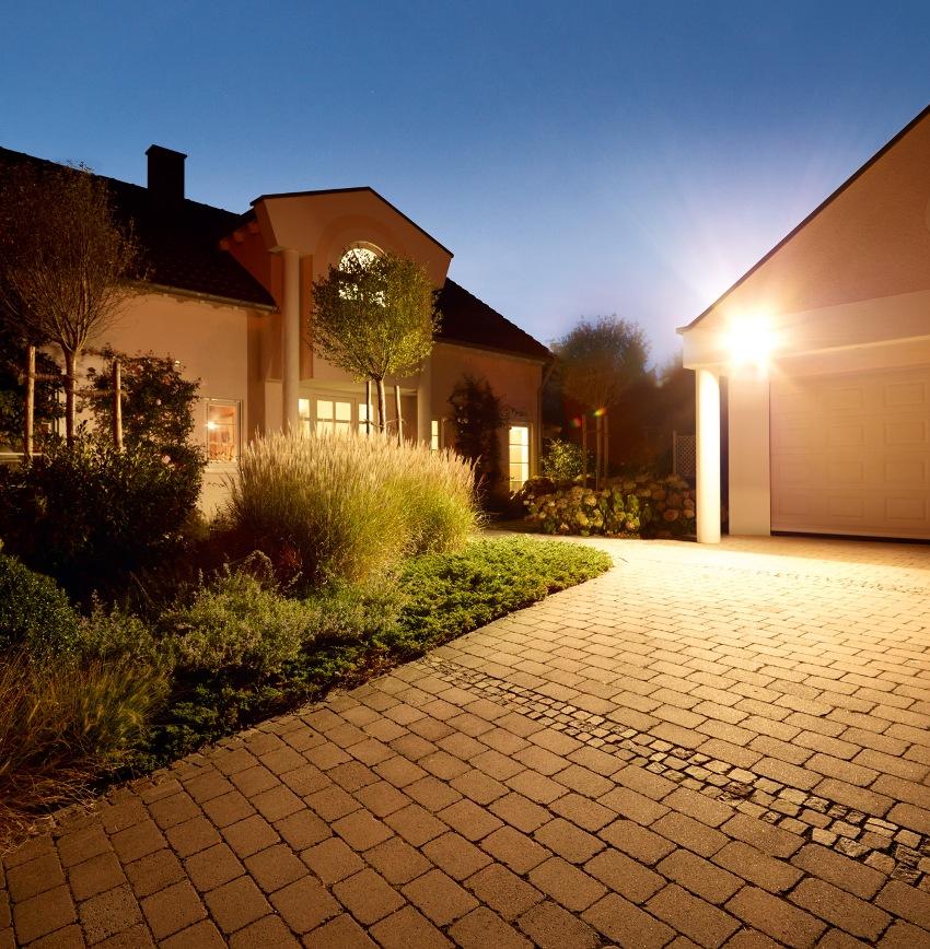 На время службы светодиодных прожекторов не влияет количество включений и выключений