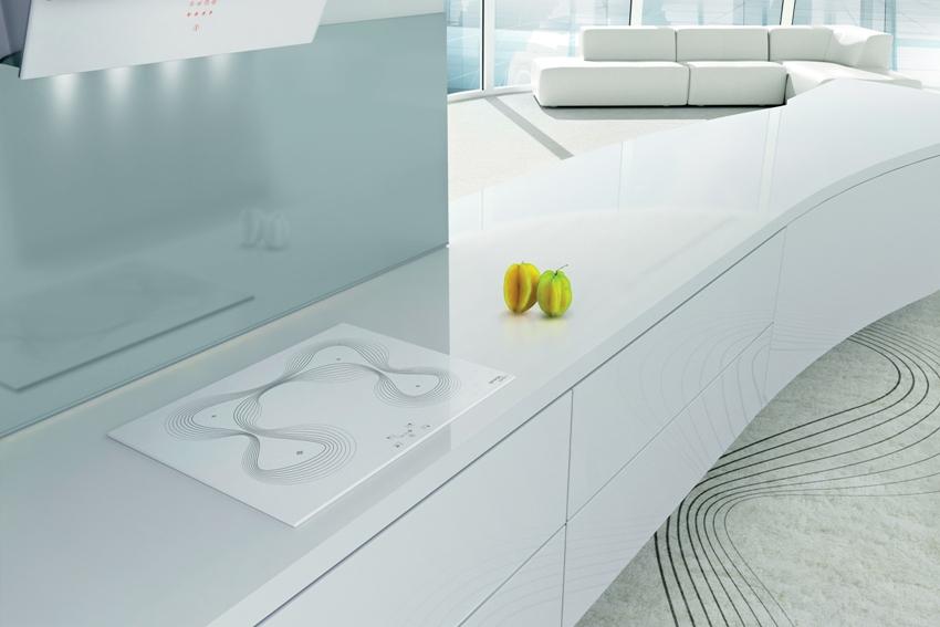Плита Gorenje ECT 680-ORA-W отличается стильным и элегантным дизайном и в качестве нагревательных элементов используются конфорки Hi-Light