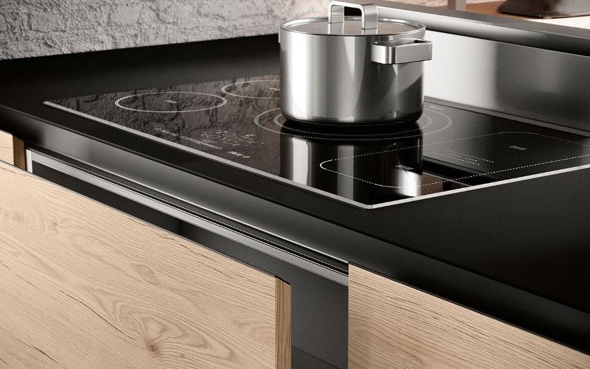 При выборе электрических панелей для кухни, мощность является важным параметром