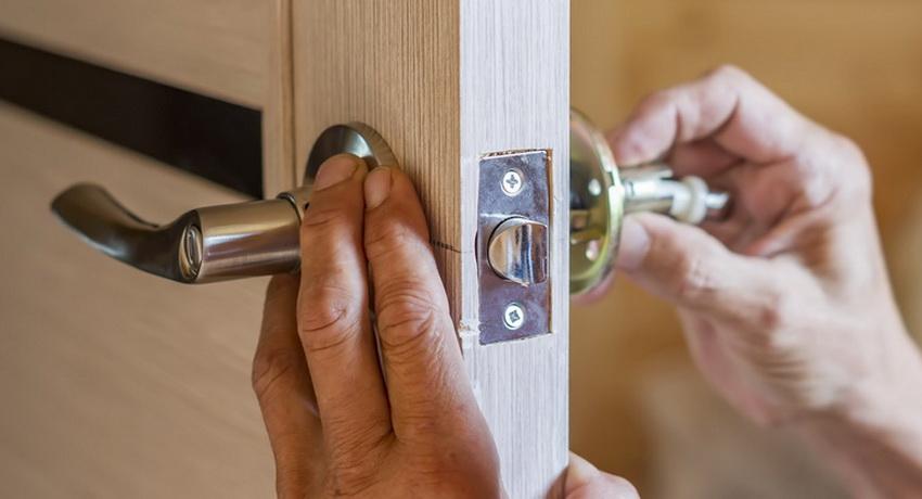 дверной замок дверь