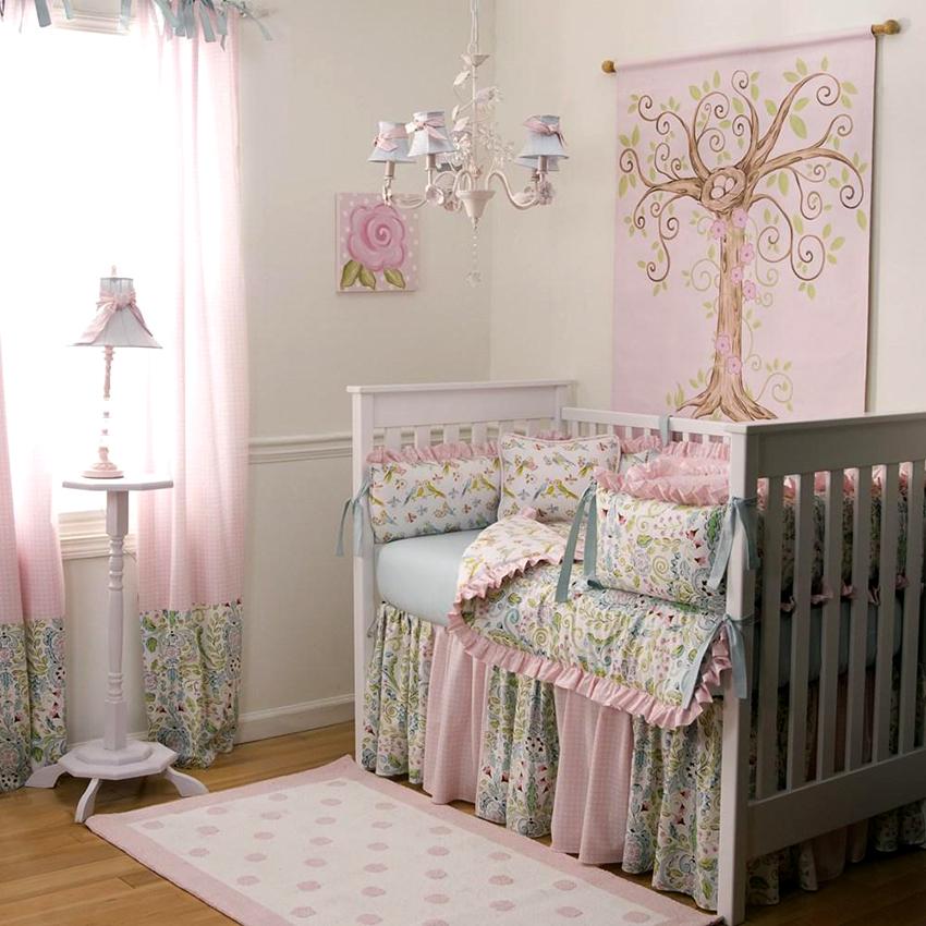 Приставные конструкции кроватей имеют одну съемную панель, некоторые модели подходят для детей до 3-х лет