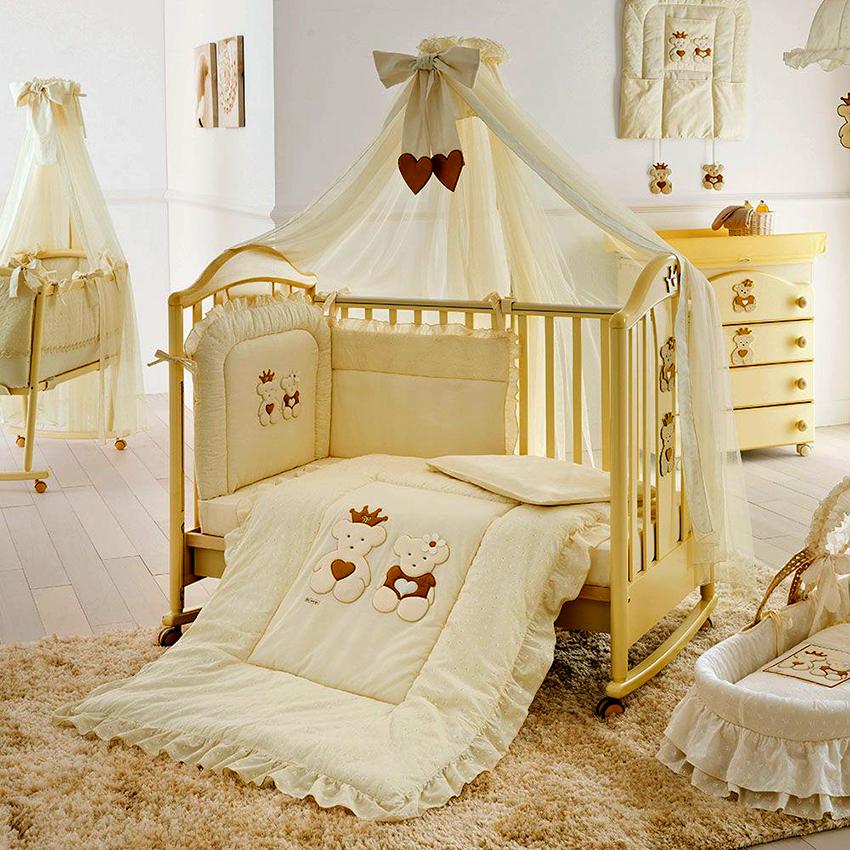 Кроватки-качалки с колесиками удобно передвигать при необходимости