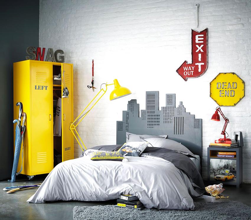 Лучший вариант для подростка – это полуторная кровать из дерева или металла