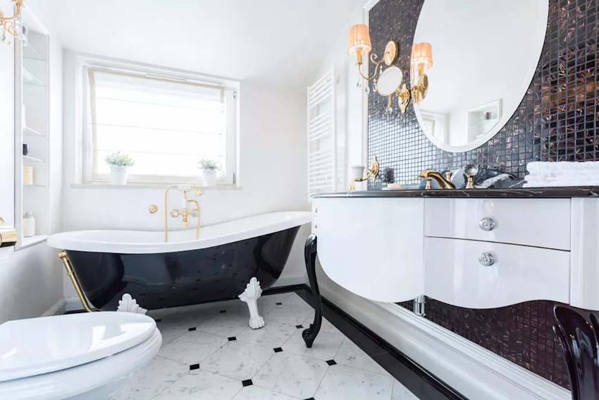 Отделка в ванной комнате должна быть выполнена влагостойким материалом и легко поддаваться чистке