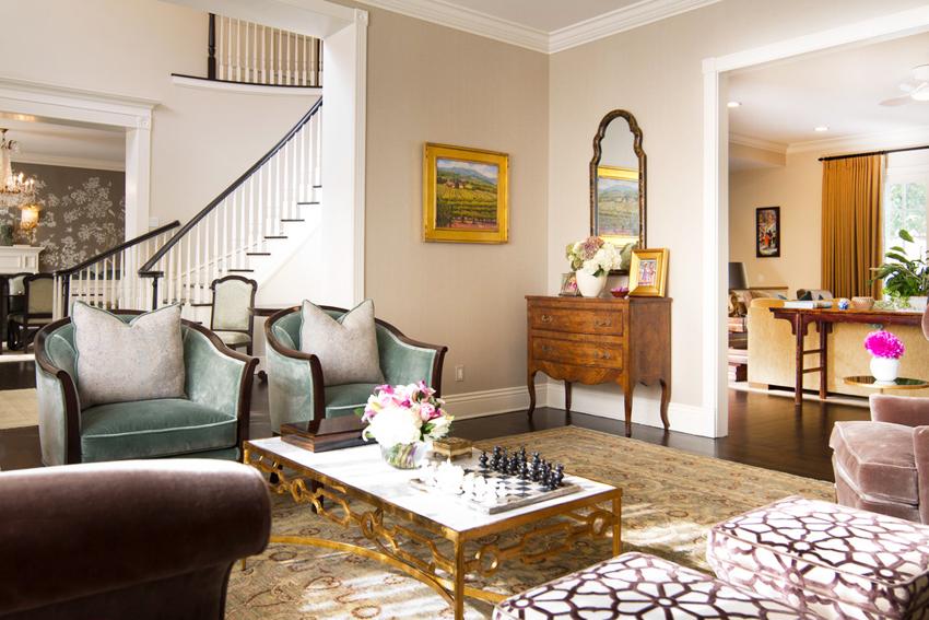 В отличие от квартиры, дизайн внутри дома позволяет воплотить в реальность самые разные идеи