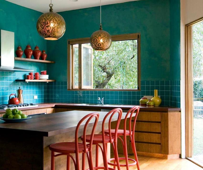 С помощью декоративной штукатурки можно разнообразить интерьер дома