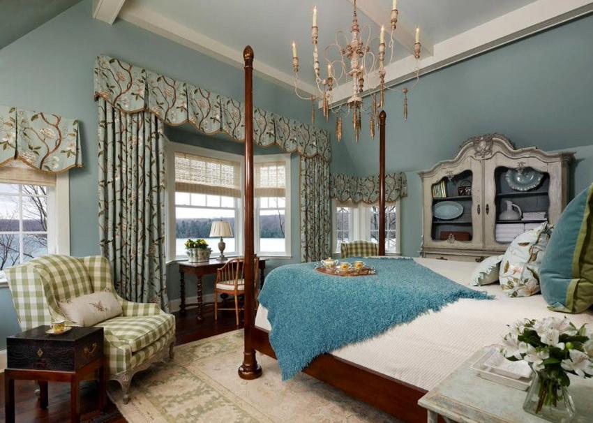 Текстиль для декора и оформления мебели, как правило, выбирают с яркими принтами или узорами