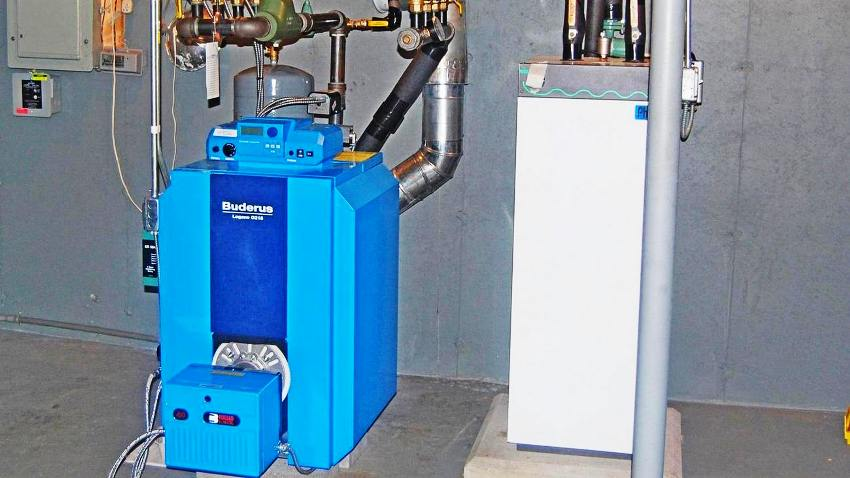 Большинство моделей котлов Buderus оснащено электронной системой управления с опцией плавной регулировки температуры воды
