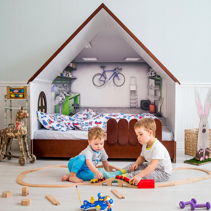 Кровать для мальчика может быть сделана в виде домика, шалаша или замка