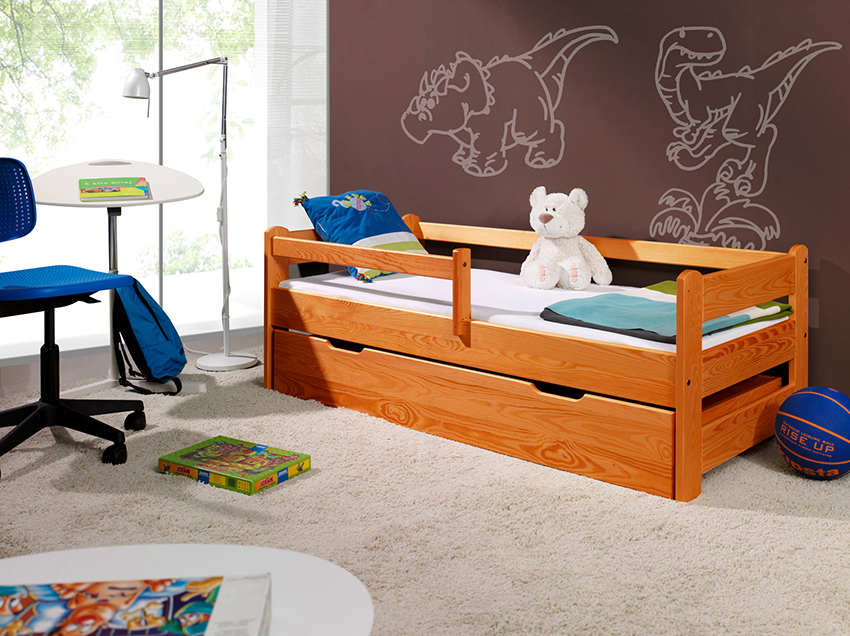 Односпальная кровать подойдет для мальчиков среднего школьного возраста