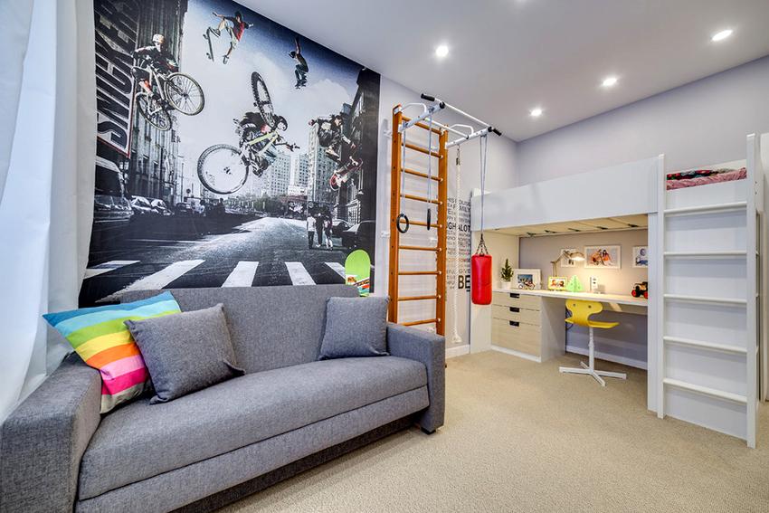 Для мальчика подросткового возраста идеально подойдет кровать-чердак с удобным рабочим местом внизу
