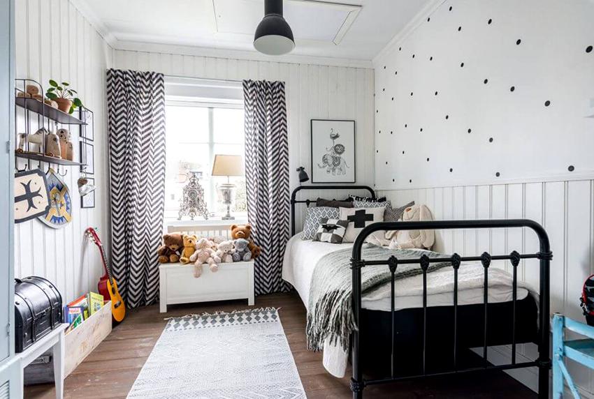 Чтобы освободить больше пространства в спальне можно приобрести односпальную кровать