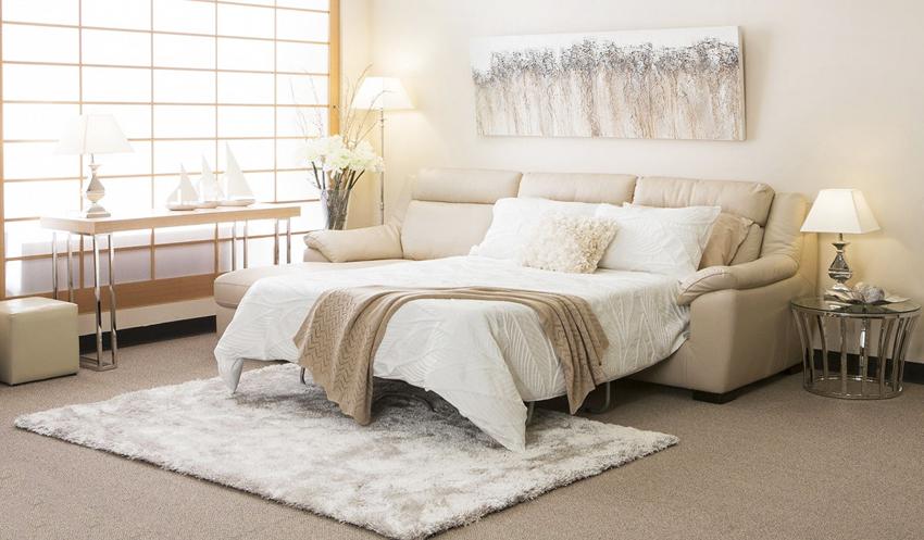 Кровать-диван может быть предназначена как для ежедневного использования, так и от случая к случаю