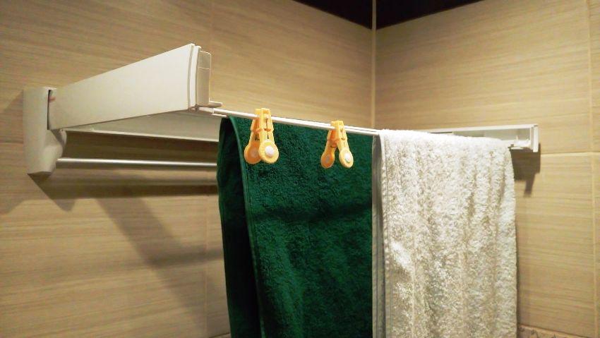 Настенная сушилка для белья в ванную обладает множеством преимуществ, в том числе приемлемой стоимостью, удобством и простотой в использовании