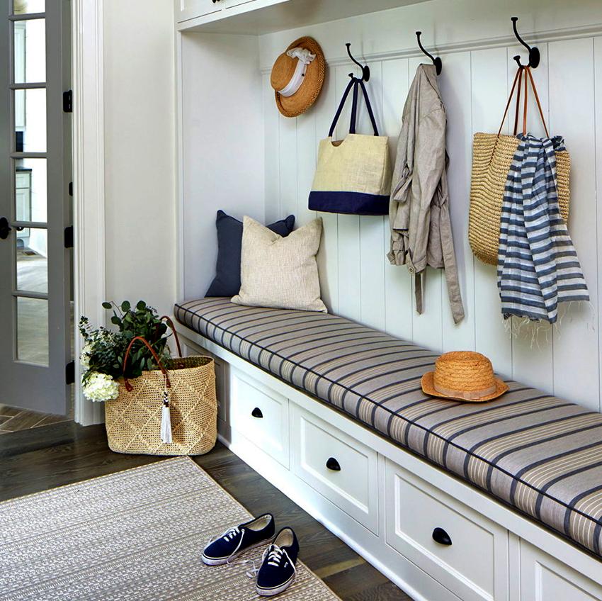 Обувница для прихожей с сиденьем – самый удобный вид конструкции
