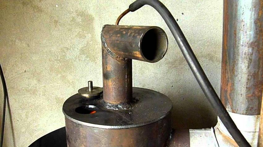 Печь на отработке обеспечивает быстрое и эффективное нагревание закрытых помещений разного типа