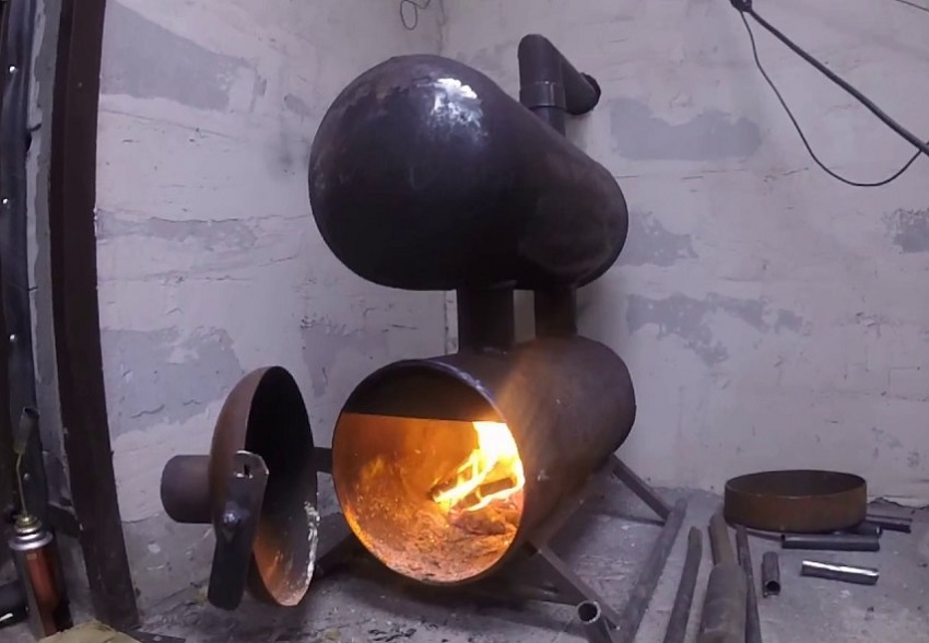 Печь для гаража на дровах из двух газовых баллонов очень экономна и проста в обслуживании