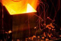 Во время работы пеллетной горелки температура внутри нее может достигать 1000º