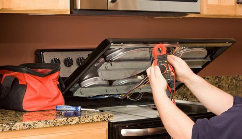 Чтобы проверить, насколько правильно выполнено подсоединение панели, необходимо воспользоваться специальным прибором –мультиметром