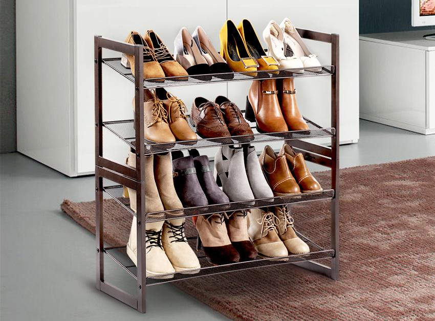 Выполнить подставку для обуви можно также из металлического профиля