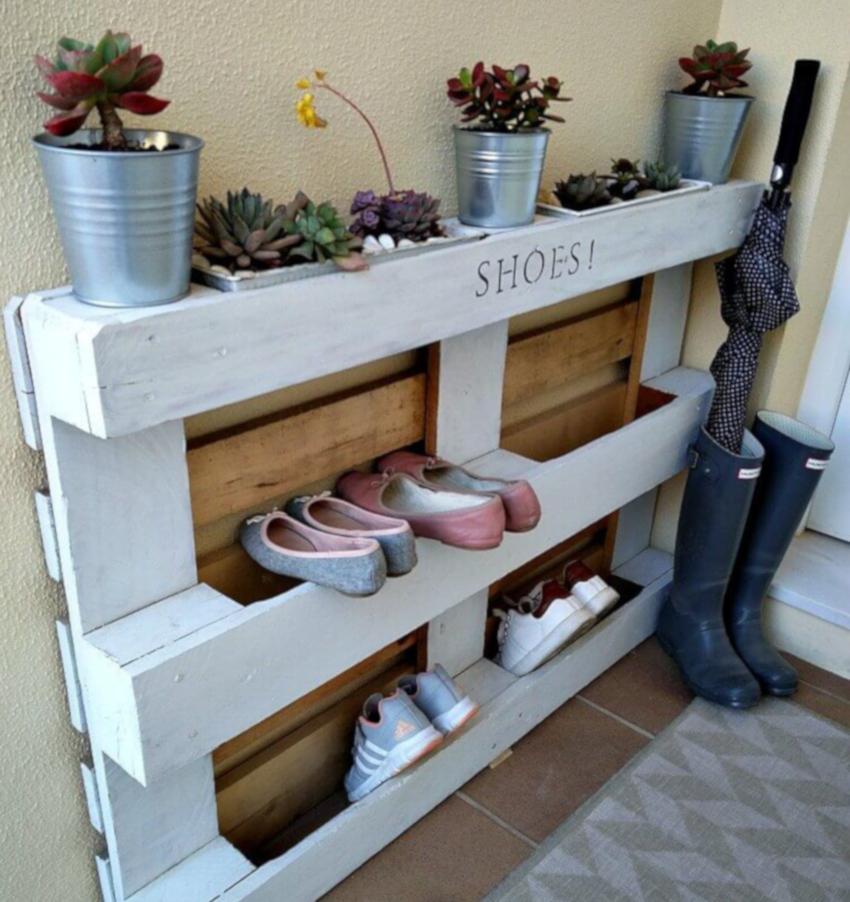 Поддон можно использовать и для изготовления полки под обувь
