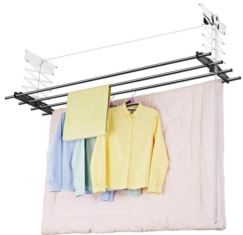 Потолочные вешалки – наиболее популярные изделия, они крепятся к потолку и не занимают свободного пространства