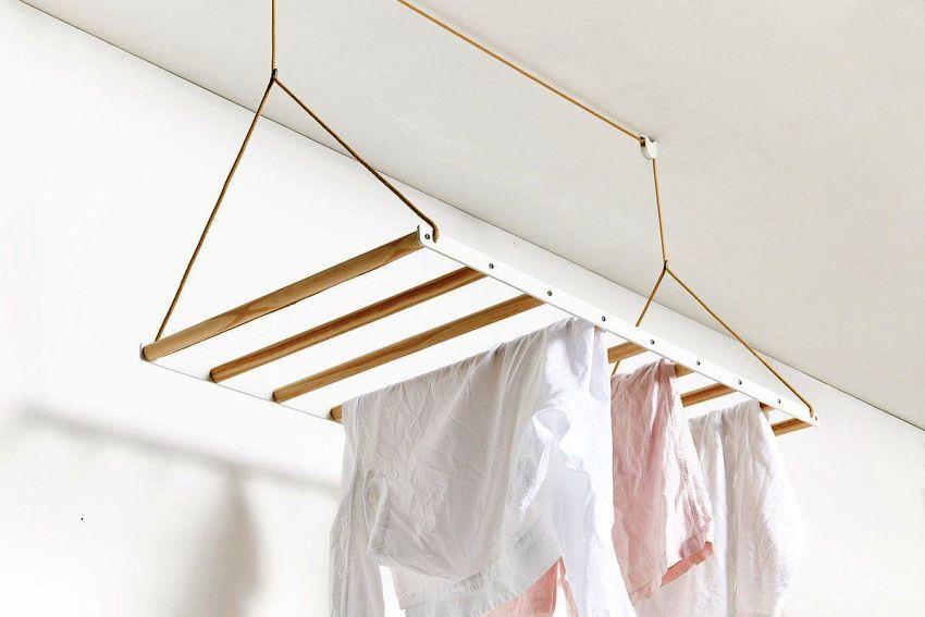 Для правильного выбора сушилки, необходимо учитывать особенности балкона или лоджии