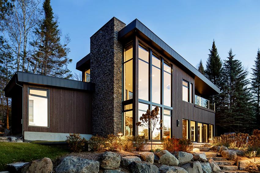 При строительстве современного дома не стоит экономить на качестве материалов