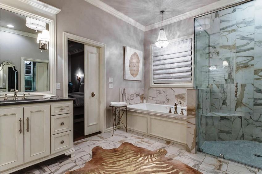 Евроремонт предполагает полное преобразование ванной комнаты, где производят замену всех коммуникаций