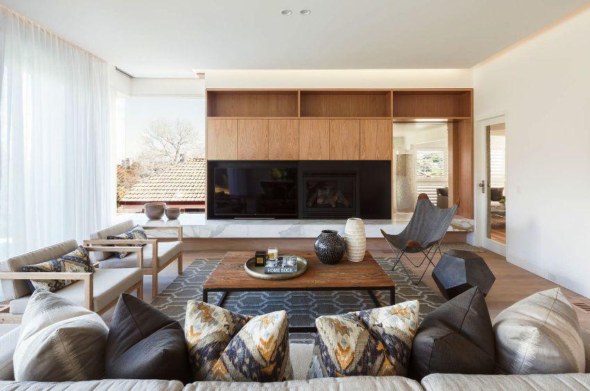 Скандинавский интерьер может собираться на протяжении нескольких лет, постепенно заполняясь мебелью и предметами декора