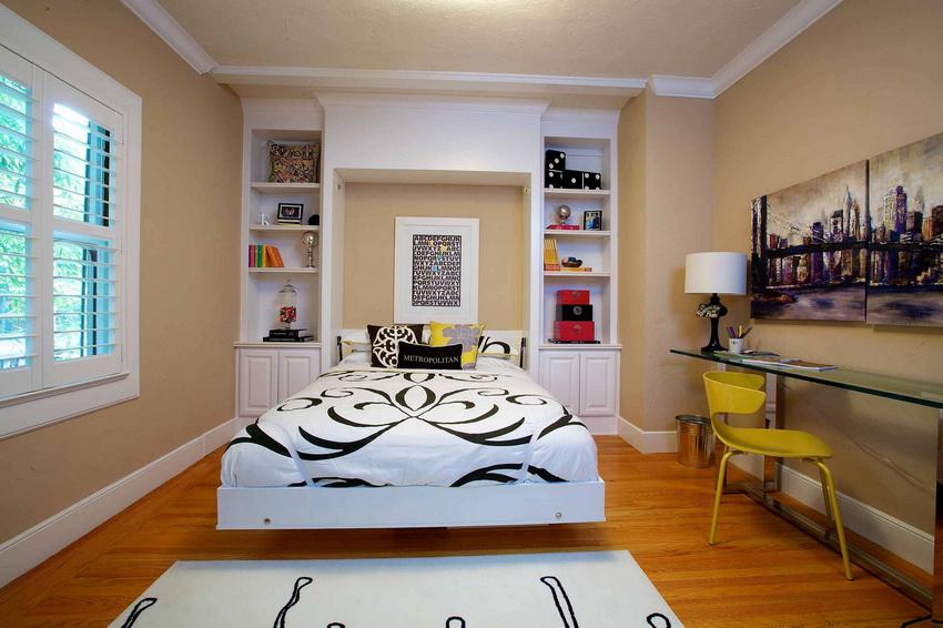 Для спален в стиле фьюжн обычно выбирают более мягкие тона отделки стен
