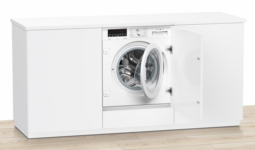 Интегрируемая стиральная машина Бош WIW24340 имеет возможность дозагрузки