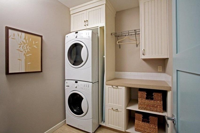 Встраиваемые стиральные машины можно подобрать и под мебель в прихожей