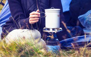 Туристическая газовая горелка: как выбрать полезного помощника для походов