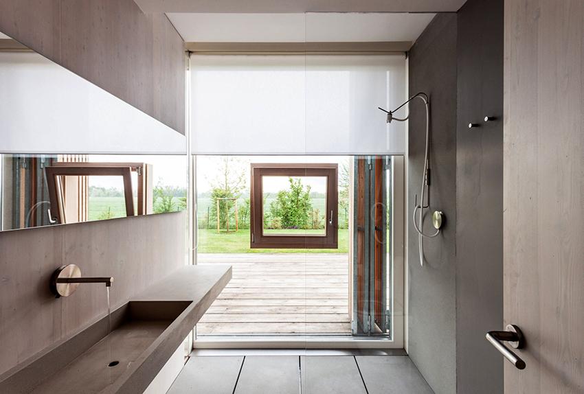 В скандинавской ванной должно присутствовать много естественного освещения