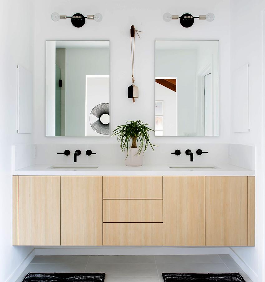Для освещения ванных можно использовать разнообразные осветительные приборы