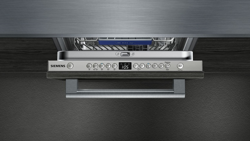 Встраиваемая посудомоечная машина шириной 40 см имеет стандартный набор функций и дополнительные режимы
