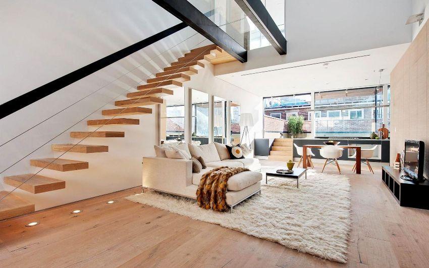 Интерьер и экстерьер таунхауса лучше выполнить в одном стилистическом решении, создавая тем самым гармоничную среду для жизни