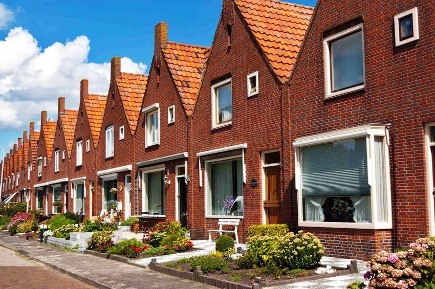 Таунхаус приобретает все большую популярность, поскольку является весьма доступным по цене жильем