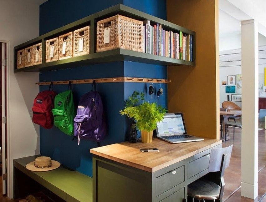 Для небольшого коридора лучше всего подойдет модульная мебель