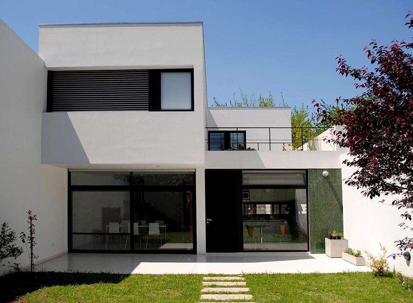 Дома из газосиликатных блоков не желательно строить выше 1-3 этажей